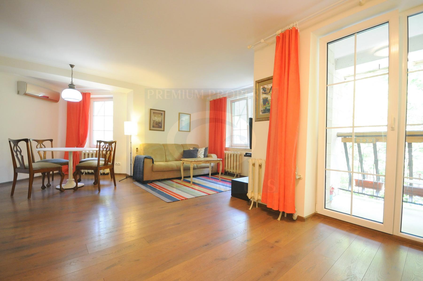 Cozy apartment near St. Pantheleimon church