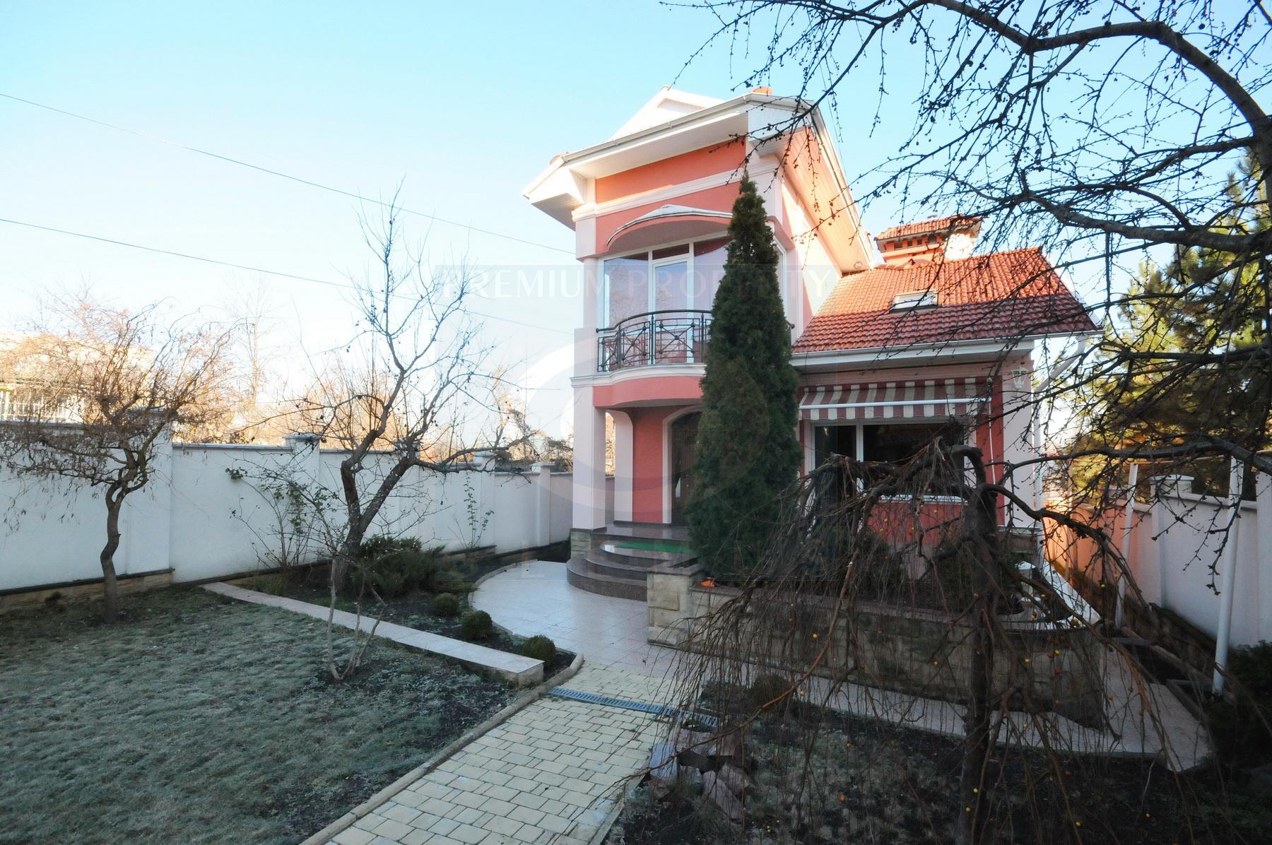 Дом для небольшой семьи на Телецентре